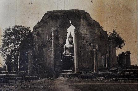 Vihara Phra Mongkhon Bophit-antes