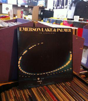 03 fondo - Emerson Lake & Palmer - (1977) In Concert